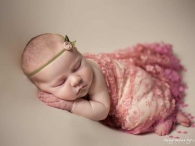 raleigh newborn photographer - reagan 1