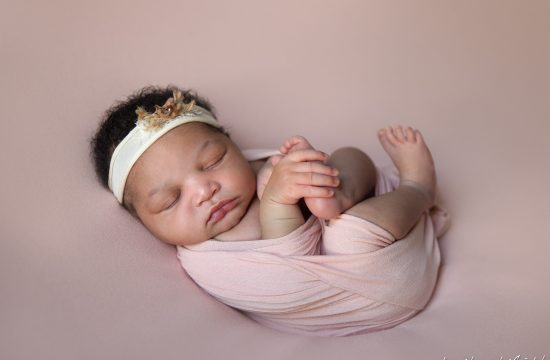 raleigh newborn baby photographers – baby kaylen