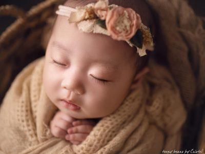 raleigh baby photographer - baby charlotte