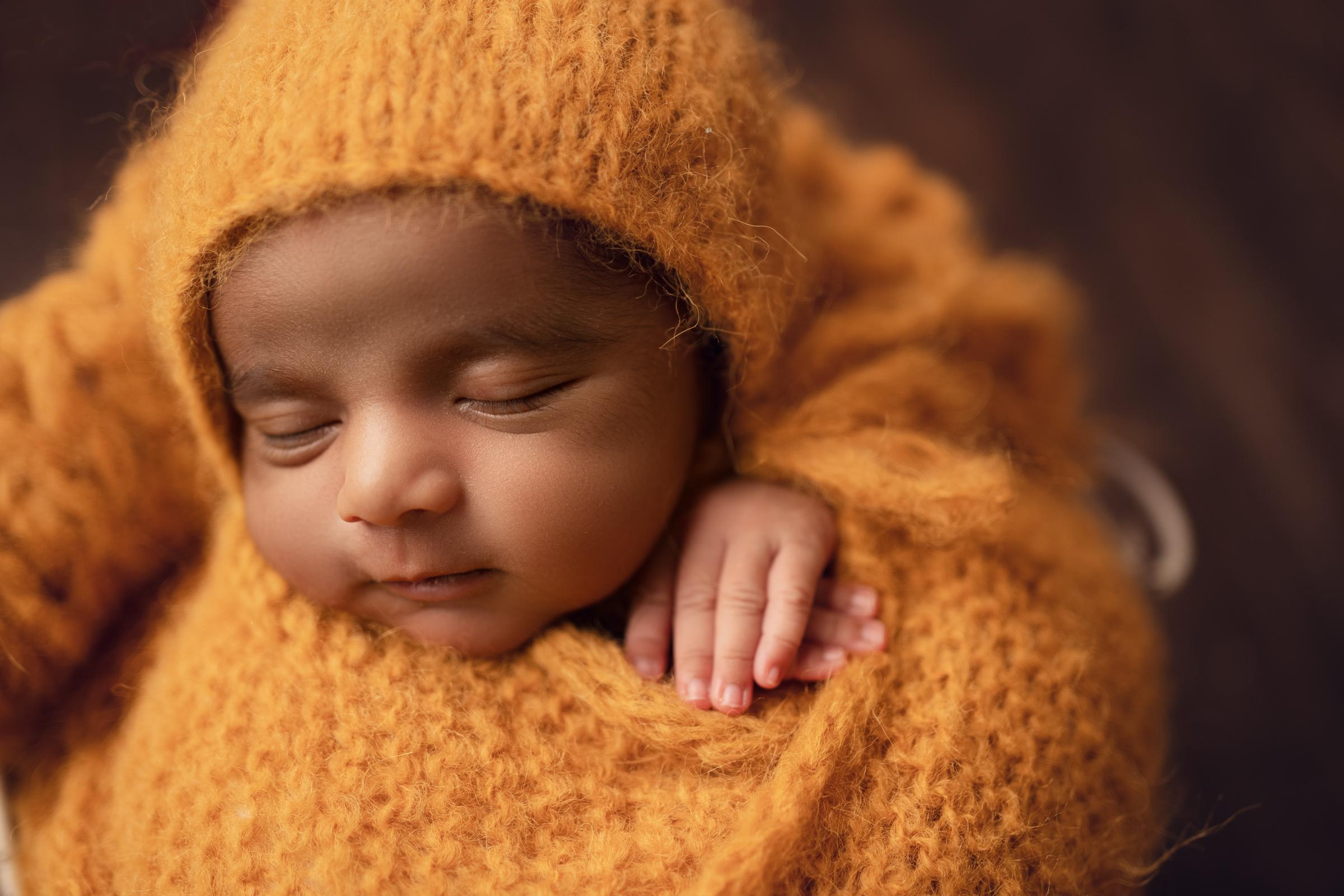 Meera Newborn 8